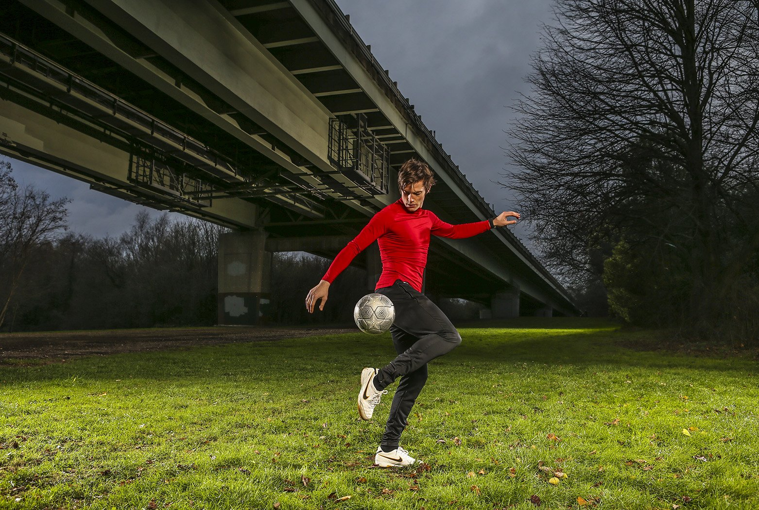 Soccer Tricks -(Final) John Farnworth-8291