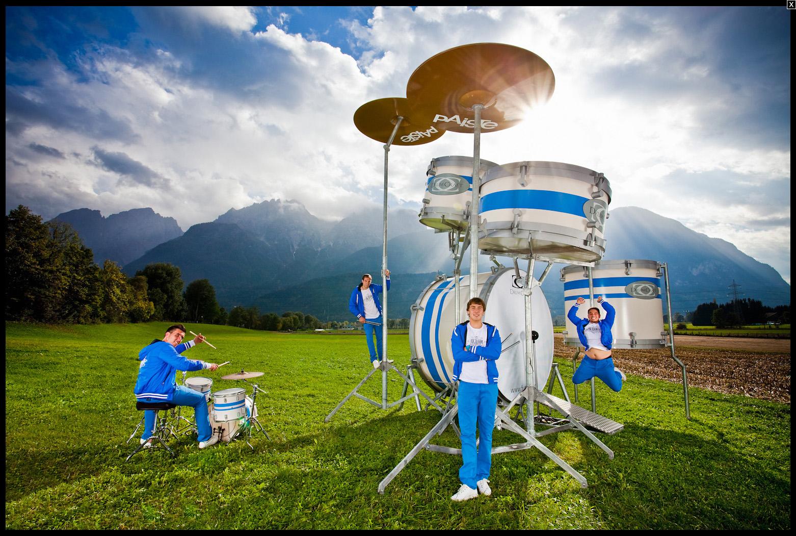 World's Largest Drum Kit