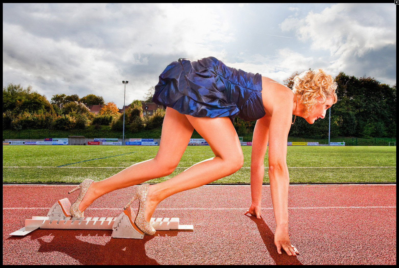 World's Fastest 100m In High Heels