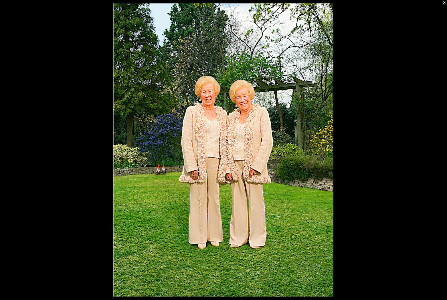 Zena\'s Cousins - Twins